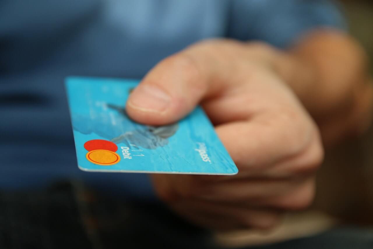Assurance pas chere : comment réduire sa facture d'assurance sans réduire le nombre de garanties ?